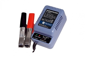 batterie-automatik-lader-al-300-pro-fuer-2-6-12v-batterien.jpg